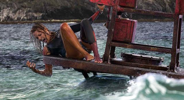 """Blake Lively mergulha no terror em trailer completo de """"Águas Rasas"""""""