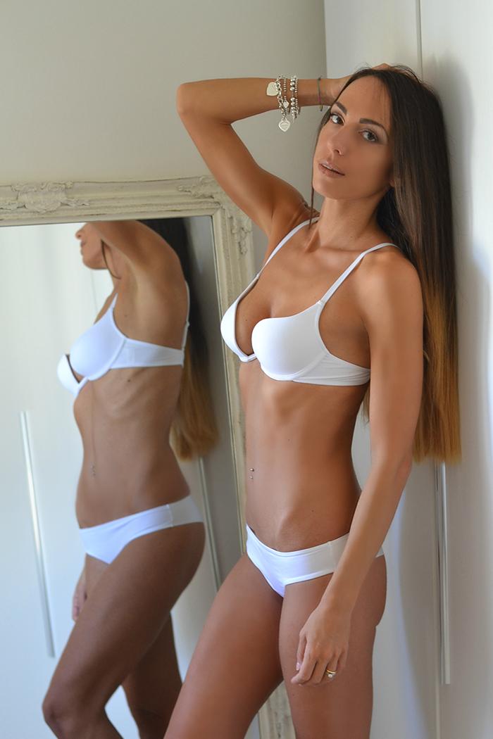 lingerie bianca