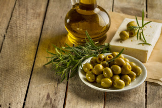 Nutrition and Benefits of Olive for Health