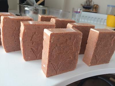 kırmızı killi sabun yapımı