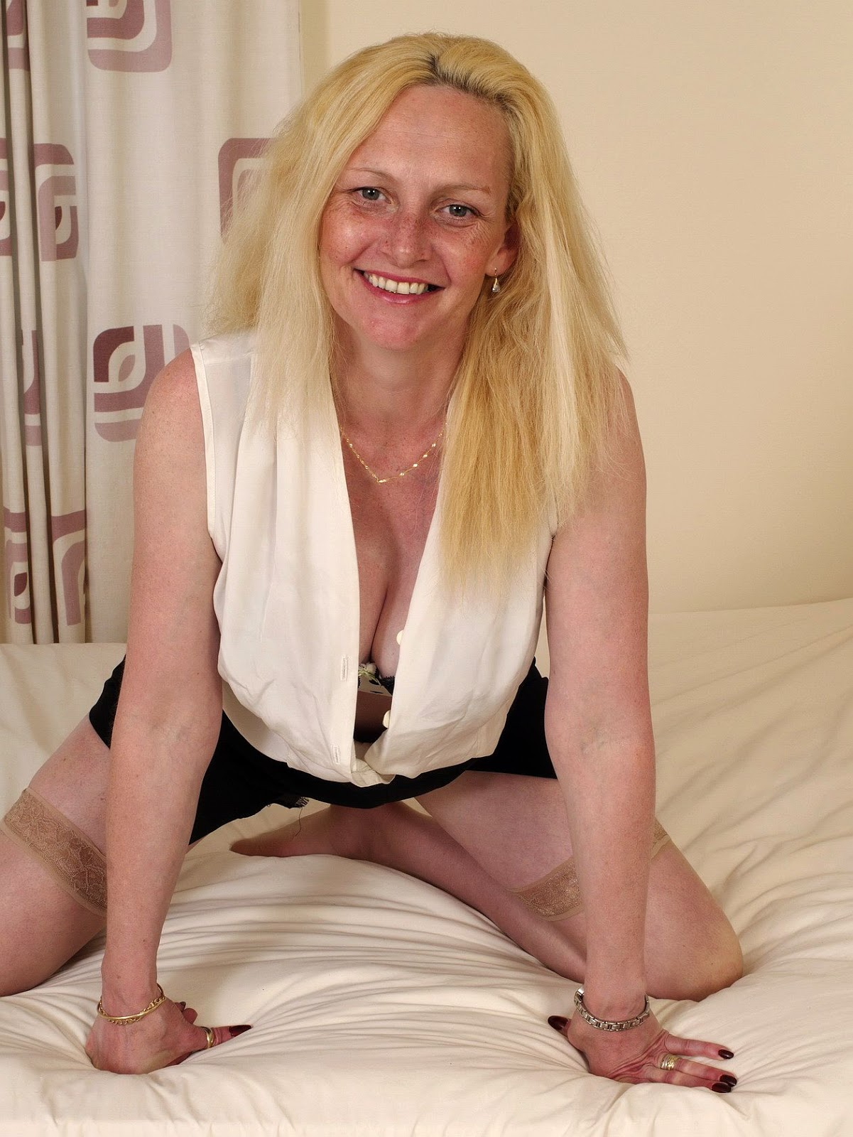 best mature singles dating site