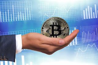 العملة الرقمية بيتكوين تتخطى حاجز ٨٠٠٠ $ لأول مرة منذ يوليو ٢٠١٨ العام الماضي
