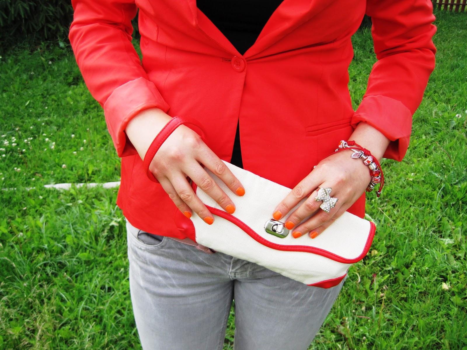 527e7f46be2b1 Czerwona marynarka w roli głównej - stylizacja - strój do pracy ...