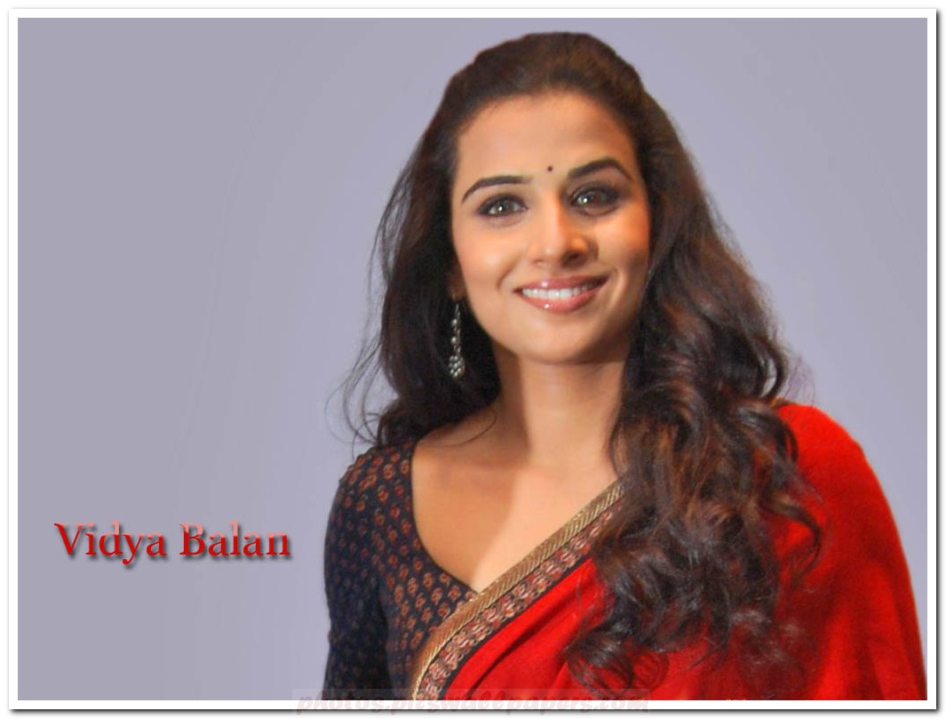 Vidya Balan Hot Pics In Dirty Picture-6512