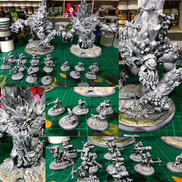 Priming Miniatures in Batches Photo