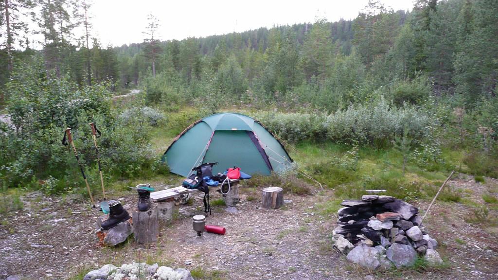 Hilleberg Staika & Bushmans Wild Hiking: Hilleberg Staika