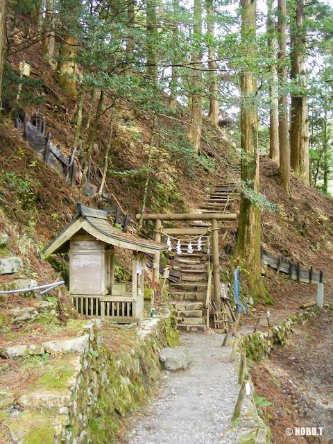 奈良県十津川村「玉置神社」の真名井社