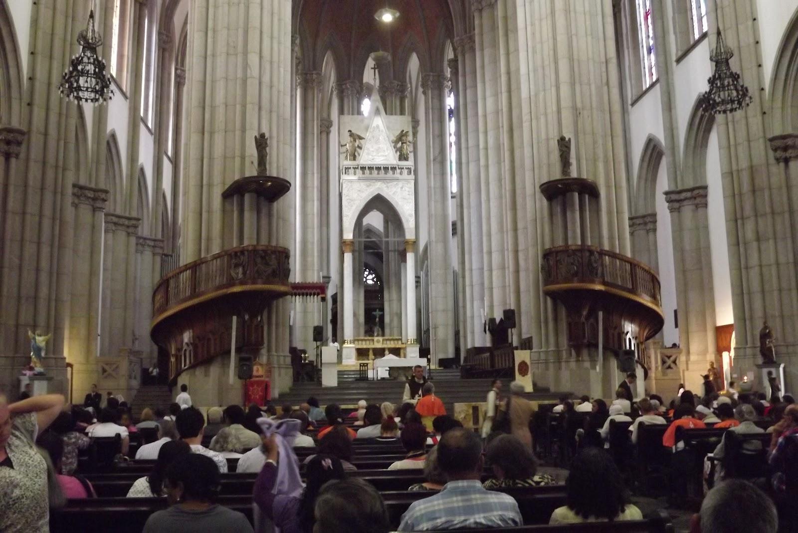 Resultado de imagem para imagem noturna catedral da sé em são paulo