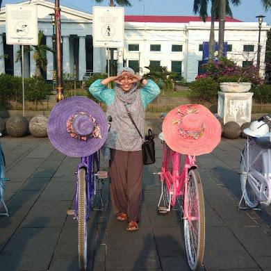Wisata Keliling Jakarta
