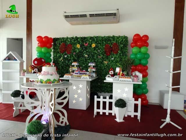 Decoração de festa infantil Jardim Encantado - Aniversário - Provençal simples com muro inglês - Barra da Tijuca RJ