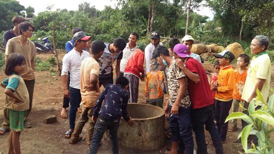 Gia Lai: Kỳ lạ giếng nước bỗng nhiên sôi 70 độ