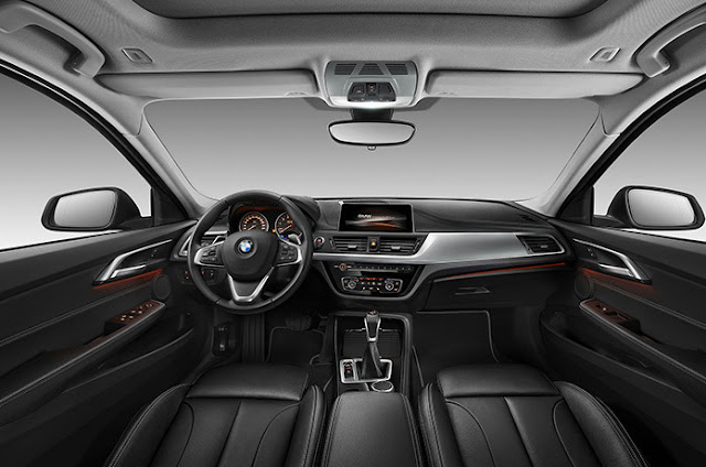 Novo BMW Série 1 Sedan - interior