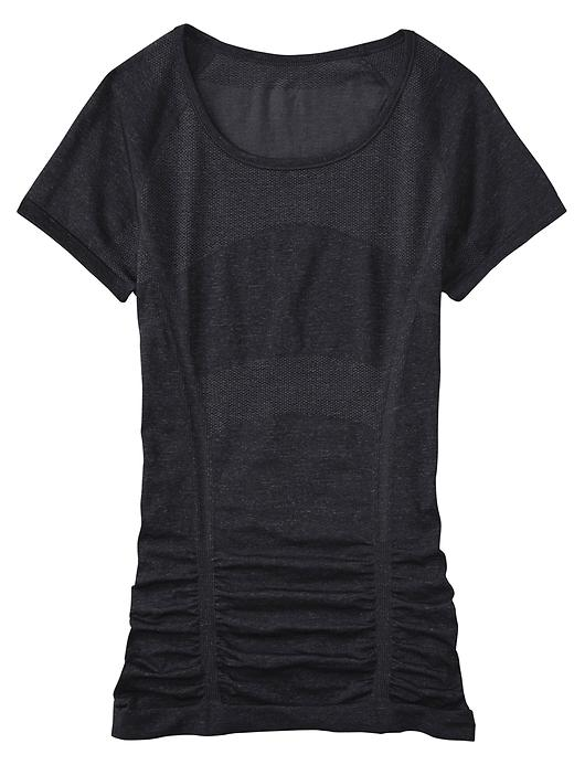 0003a90810 Rule #18: Review: Athleta Fast Track Tee.