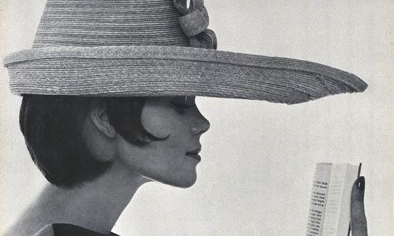 LIBRI | Brevi amori letterari sotto l'ombrellone