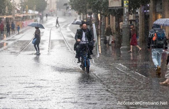 Fuerte lluvia en Jerusalén