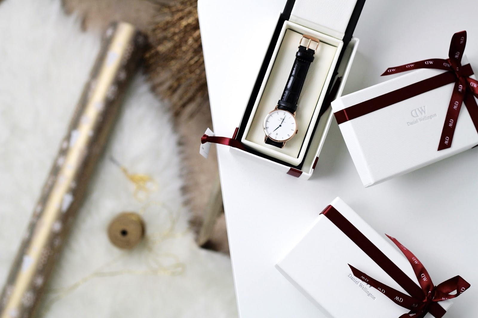 Holiday wrapping by Daniel Wellington watches