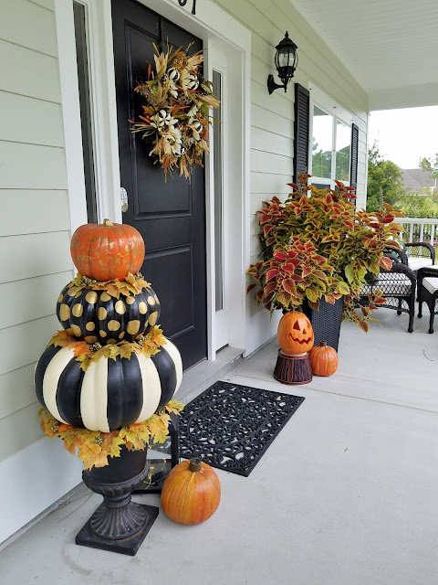 pumpkin topiary, solar pumpkins Fall decorating