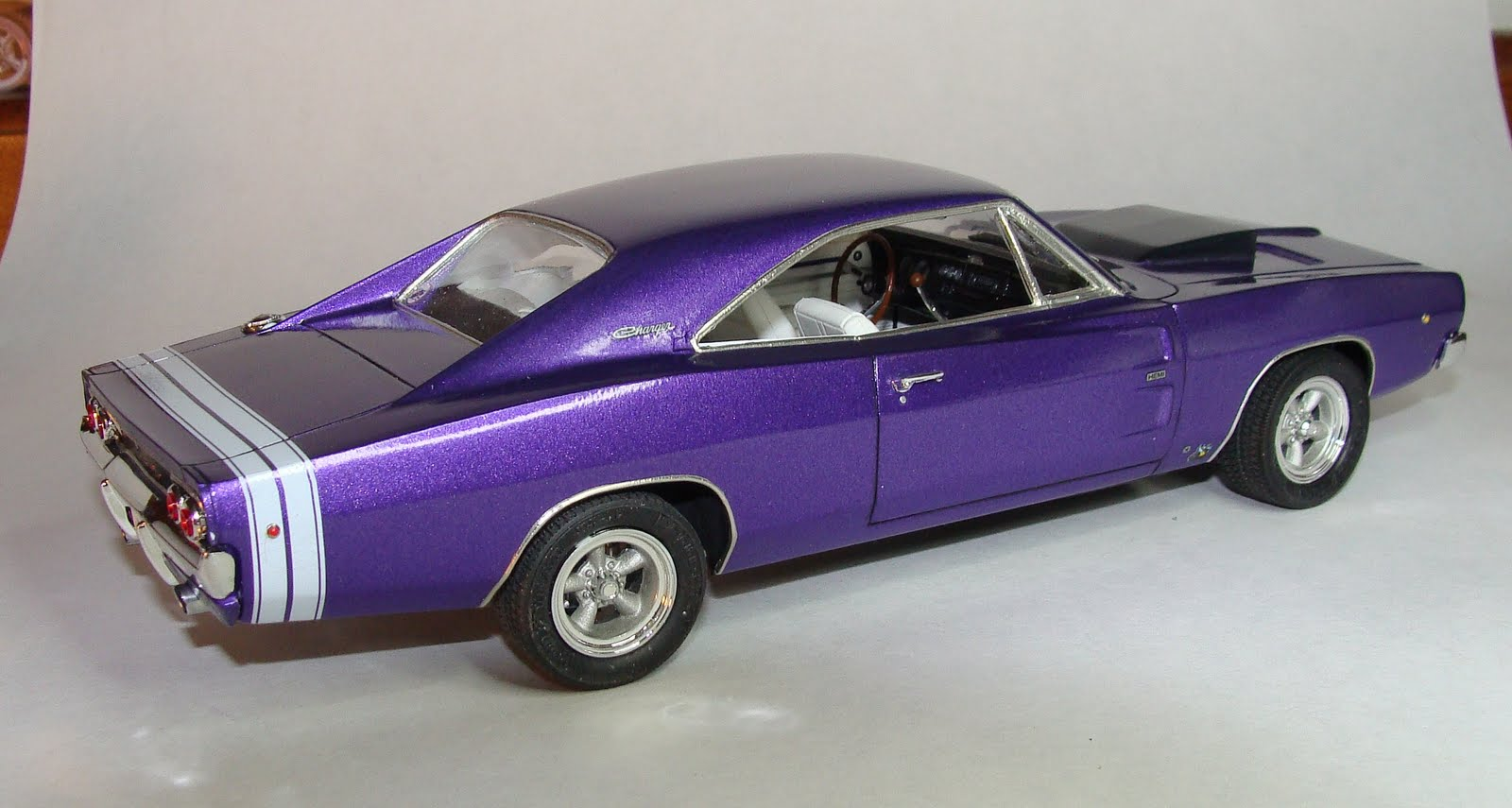 Dodge Ice Charger >> Model Cars: 1968 Dodge Charger R/T (Hemi)