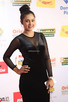 Vennela in Transparent Black Skin Tight Backless Stunning Dress at Mirchi Music Awards South 2017 ~  Exclusive Celebrities Galleries 070.JPG