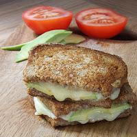 http://www.bakingsecrets.lt/2015/06/vegetariskas-karstas-sumustinis.html