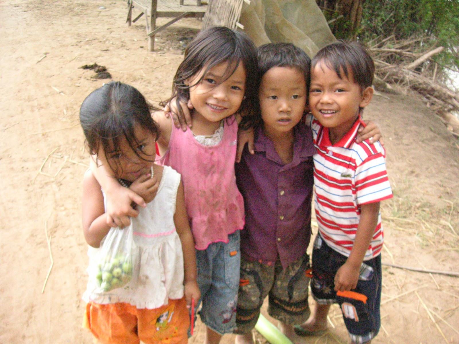 Resultado de imagen para niños de camboya