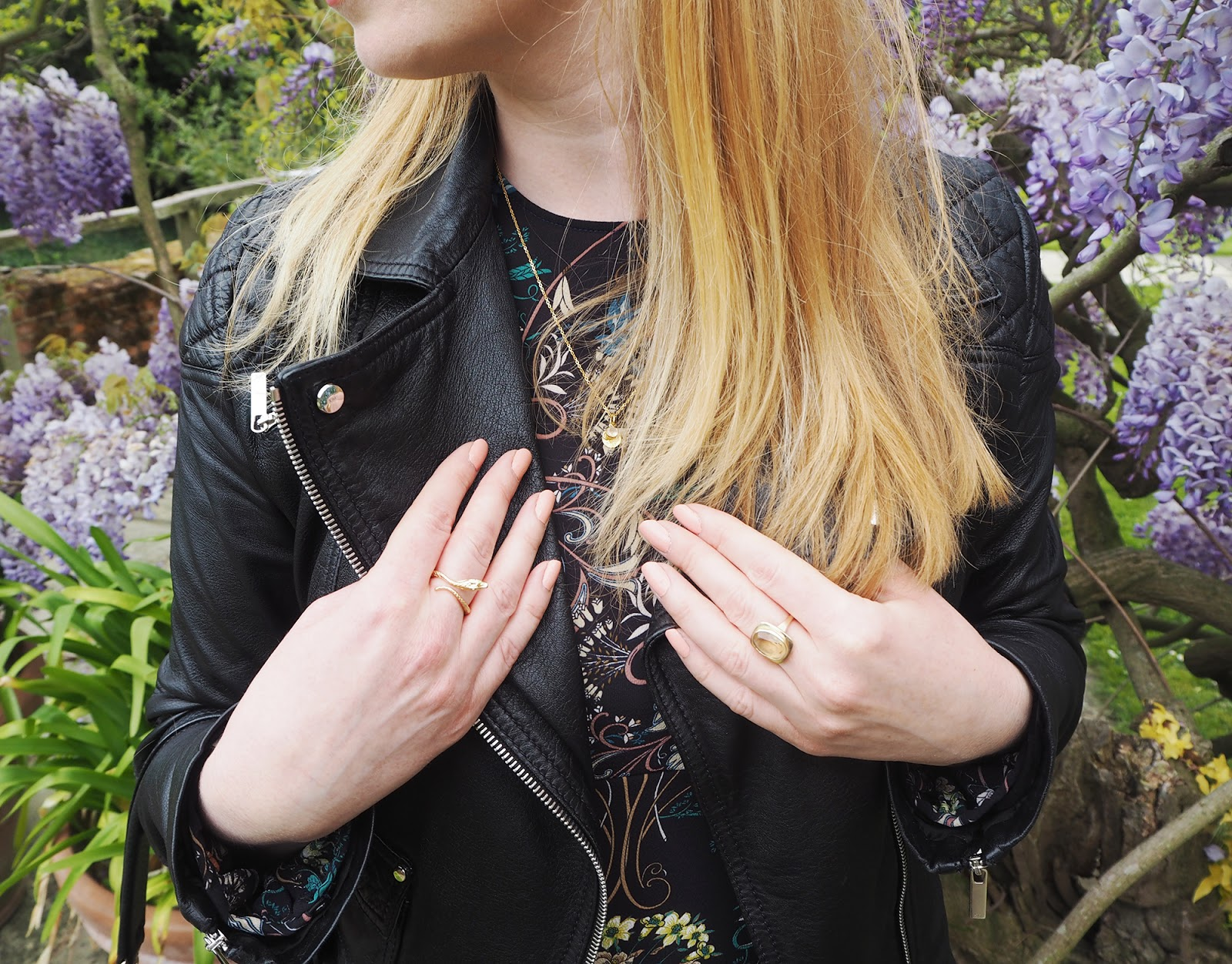 Outfit post - Zara 70s floral dress and leather accessories