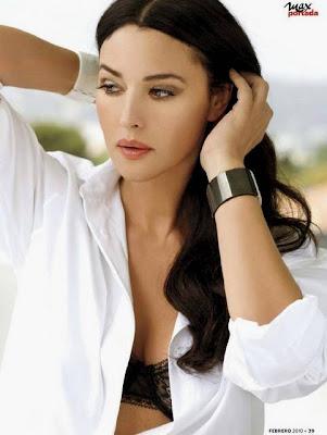 Monica Bellucci Calendario Max.Amore Romantico Monica Bellucci Classe E Sensualita