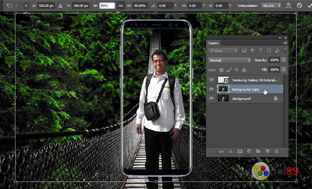 Cara membuat efek iklan Samsung galaxy S8 dengan photoshop