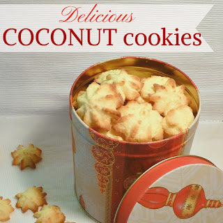 http://www.applegreencottage.com/2014/12/coconut-cookies-for-Christmas.html