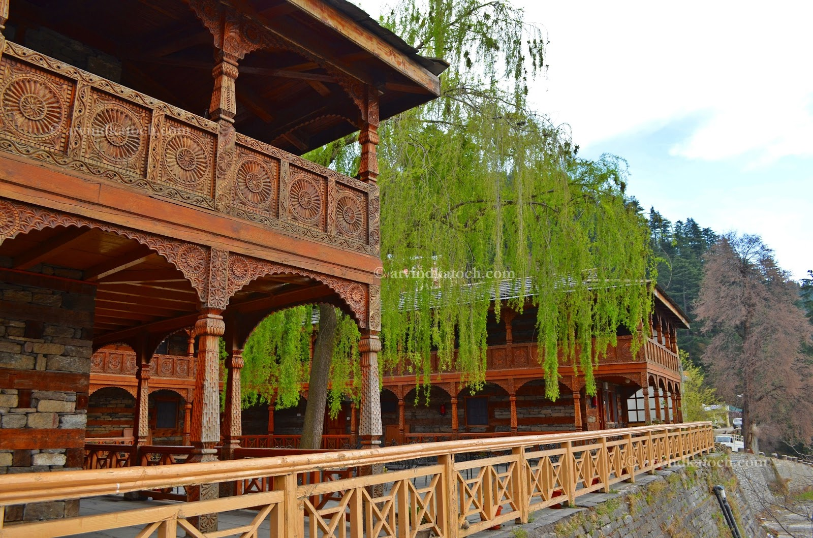 Arvind Katoch Photography Hd Pic Of Beautiful And Historical Naggar Castle Front View