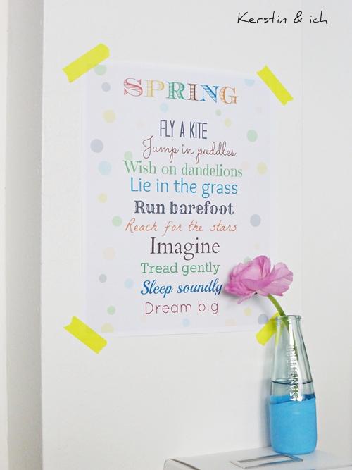 Frühlingsdeko mit Poster Spring und Blume