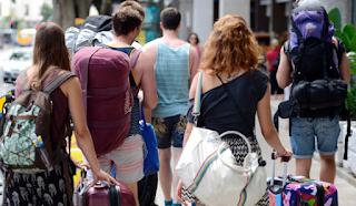 Trik Berlibur Terjangkau Ala Backpacker