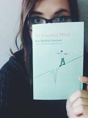literatúra, bipolárna porucha, preklad, kniha, dievča s knihou, kay redfield jamison, an unquiet mind