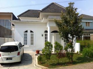 Rp.1.000.000.000 Dijual Rumah Siap Huni Di Cluster Paling Depan Di Taman Equator Sentul City (code:154)