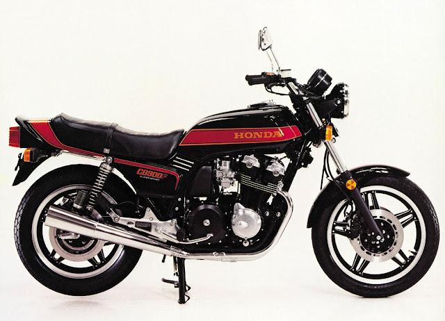 Honda CB900F HD Photos