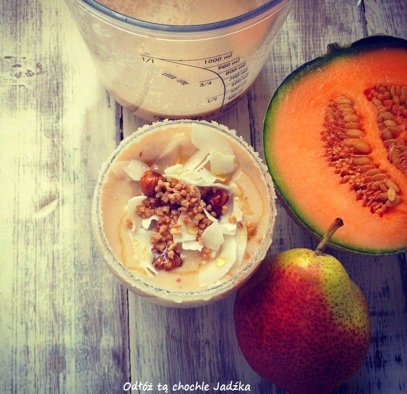https://zielonekoktajle.blogspot.com/2014/11/gruszka-banan-melon-mleko-roslinne.html