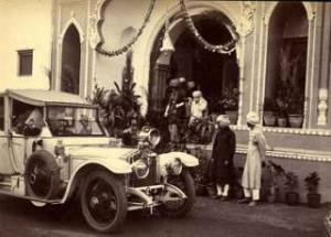 Τα Πρώτα Αυτοκίνητα Στην Ελλάδα.- Έβρισκαν Βενζίνη Στα Φαρμακεία Και Μόνο Το 1934 Είχαμε 7 Χιλιάδες Τροχαία