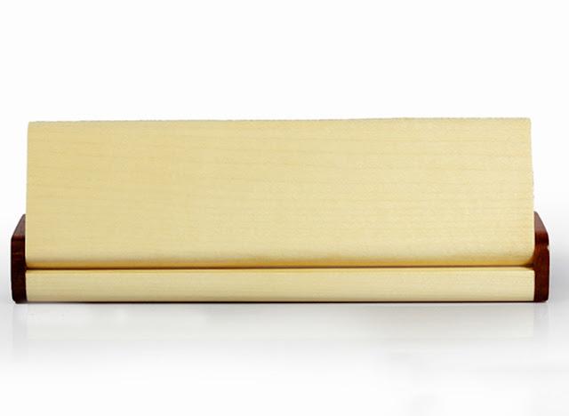 Hộp bút gỗ khắc chữ giá rẻ theo yêu cầu