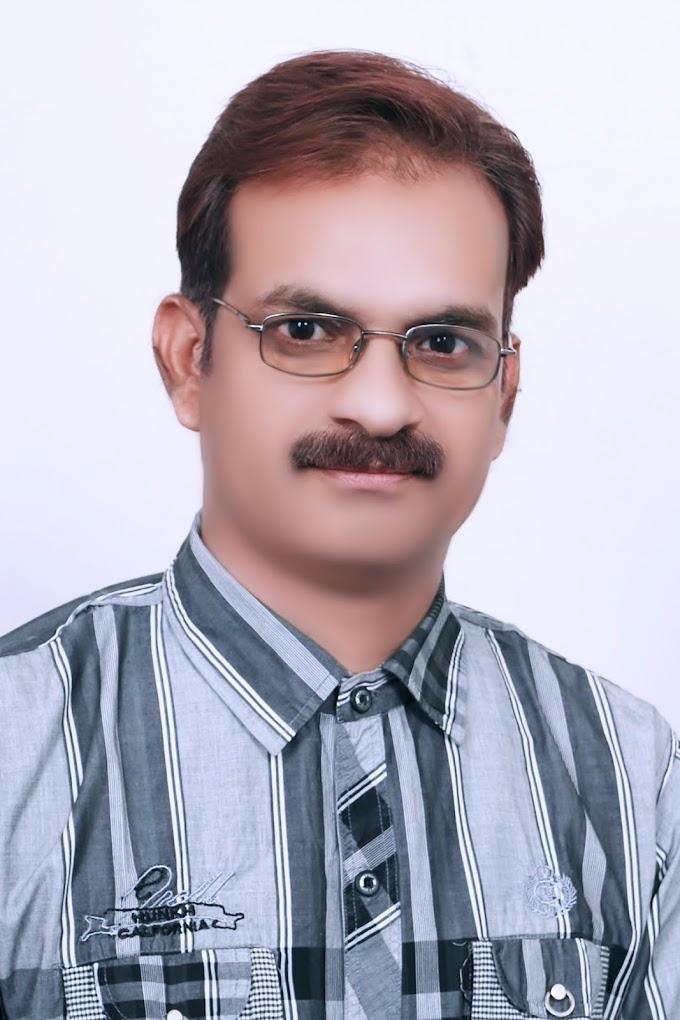 वीरेन्द्र खरे 'अकेला' (virendra khare 'Akela') की 10 ग़ज़लें