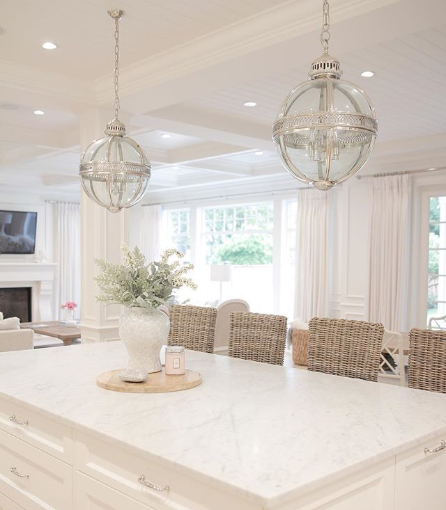 Are White Kitchen Cabinets Easy To Maintain