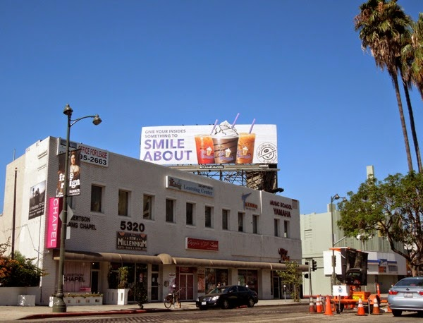 smile about Coffee Bean Tea Leaf billboard