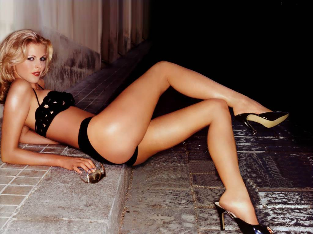 donna air nude