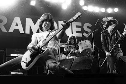 12 Lagu Ramones Terbaik Sepanjang Masa