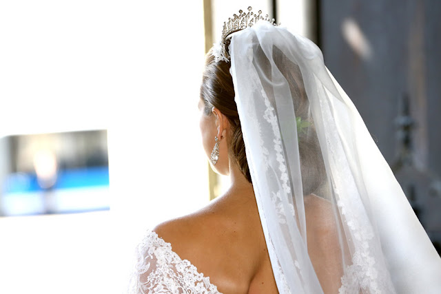madeleine-dress8--a Nozze reali: il matrimonio della Principessa Madeleine di SveziaUncategorized