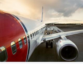إخلاء طائرة نرويجية بسبب تهديد بوجود قنبلة