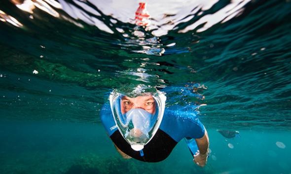 Η πιο εύχρηστη υποβρύχια μάσκα που έχετε δει(ΒΙΝΤΕΟ)