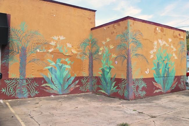 Shenandoah Valley Street Art: Waynesboro & Staunton | Yeti Crafts