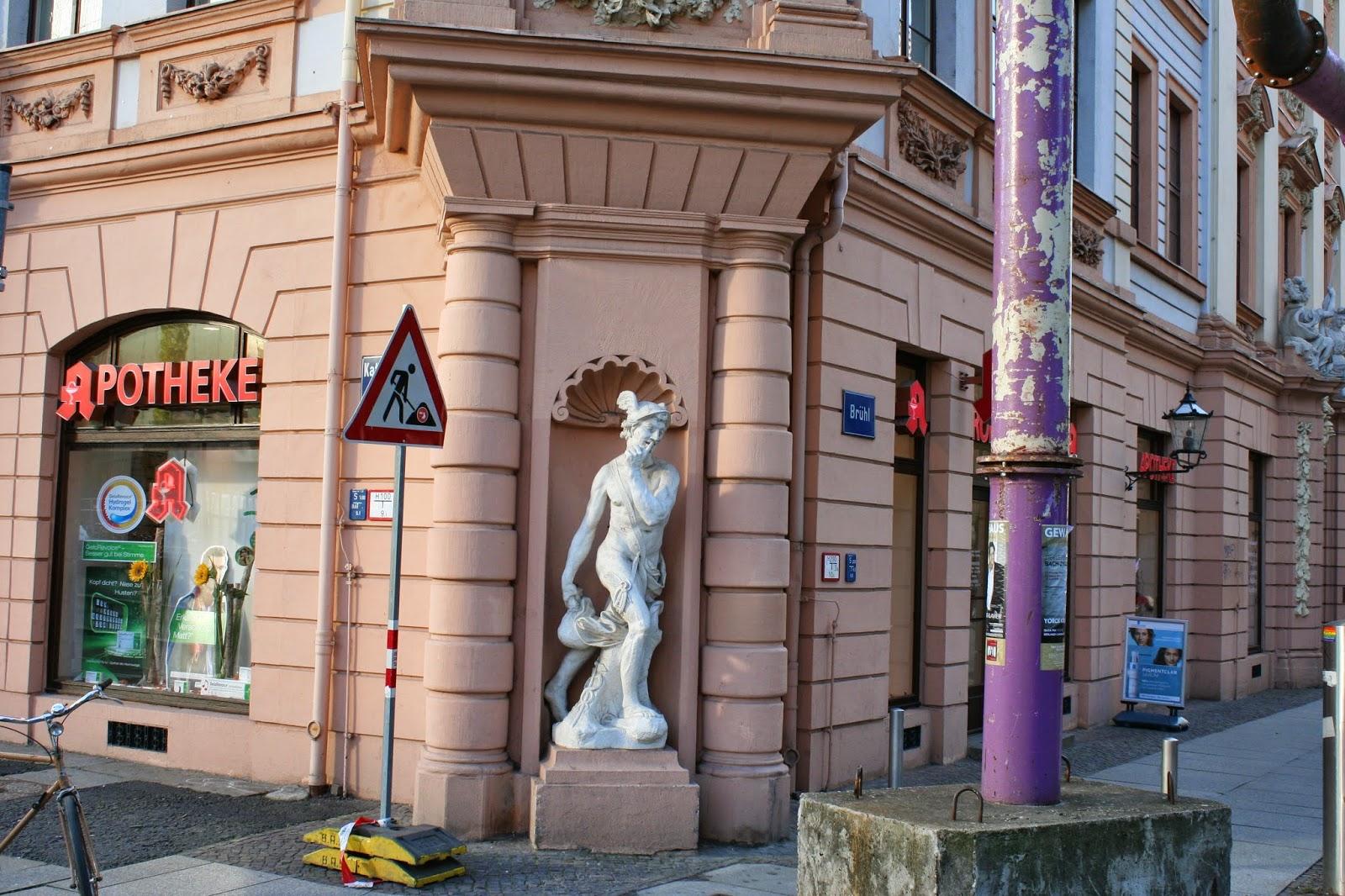 Hermesstatue am Romanushaus