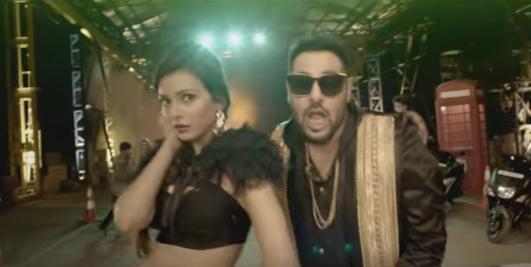Rayzr Mera Swag By Badshah, Aastha Gill Full Lyrics HD Video