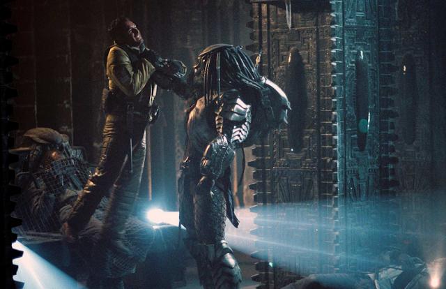 Screenshot Film The Predator (2018). 2